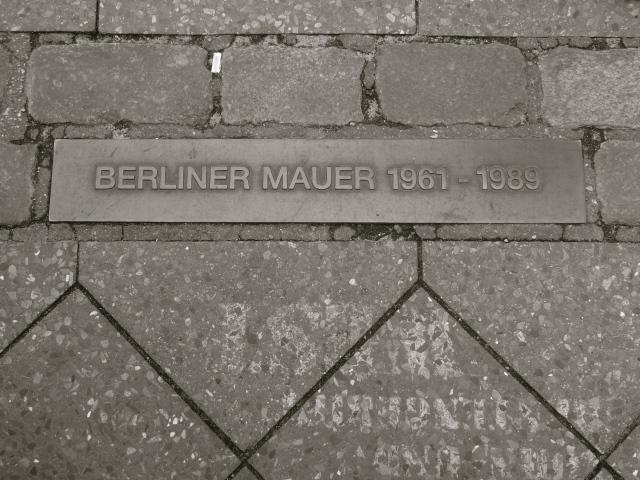 BerlinWallMarker